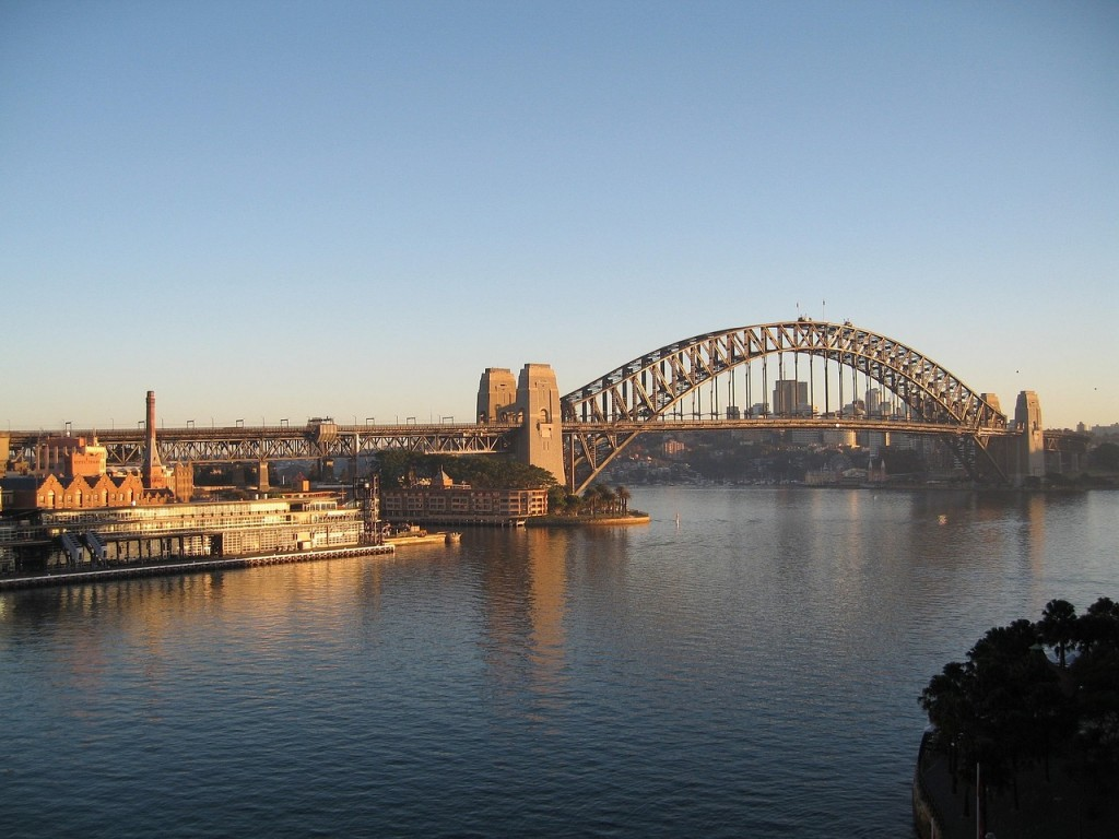 sydney-harbor-bridge-949392_1280